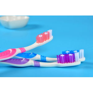 Зубная щетка средней жесткости №2205